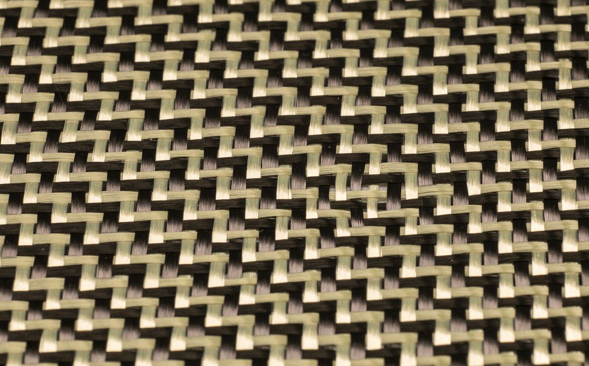 CARBON AND ARAMID FABRIC 165 G/M2 – TWILL